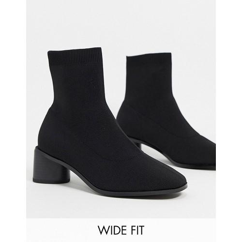 아소스 ASOS DESIGN Wide Fit Radley knitted heeled sock boots in black 1737903