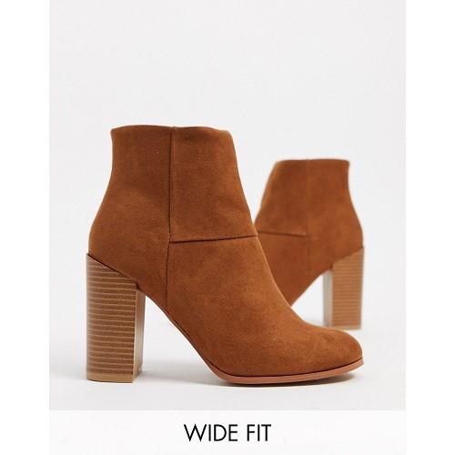 아소스 ASOS DESIGN Wide Fit Recite heeled ankle boots in tan 1752698